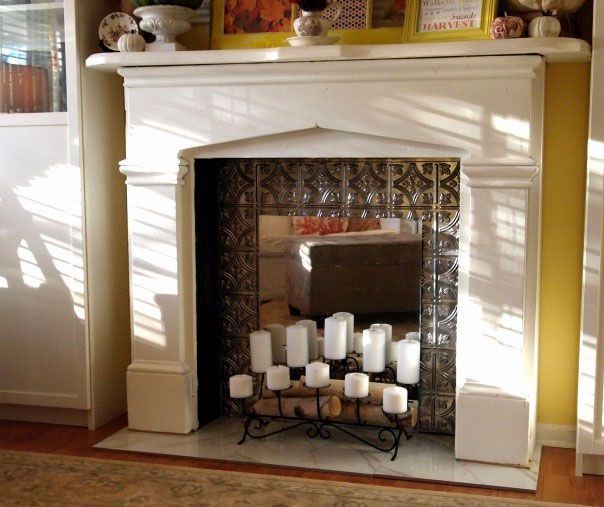 Źródło: http://acultivatednest.com/2012/01/how-to-make-a-faux-fireplace/
