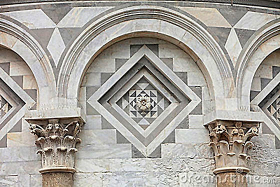 Źródło: http://www.dreamstime.com/stock-photos-architectural-detail-leaning-tower-pisa-image10696873