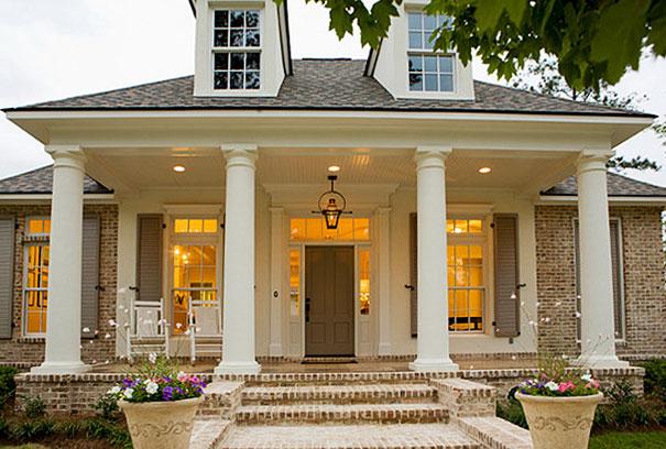 Dom o klasycznej architekturze