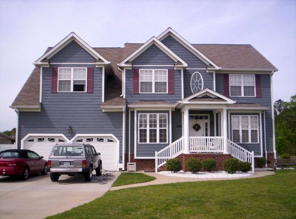 Neutralne kolory domu zastosowane w ciemniejszej tonacji