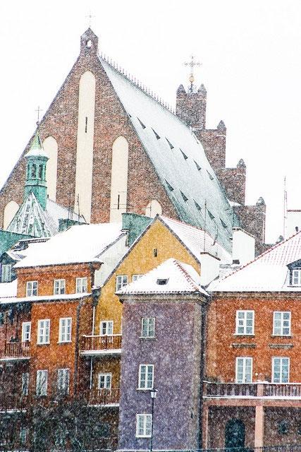 Kamienice Starego Miasta zimą