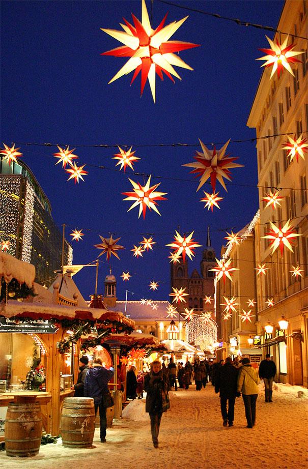 świąteczny jarmark w Magdeburgu