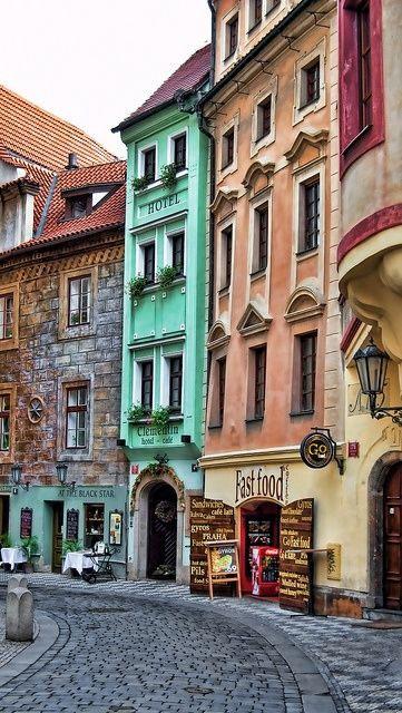 Praska uliczka starego miasta