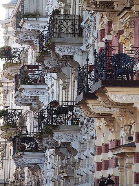 Balkony wspornikowe