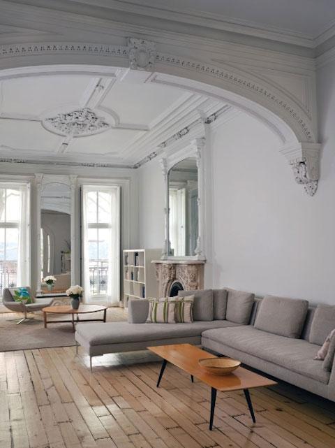 Salon zdobiony sztukaterią